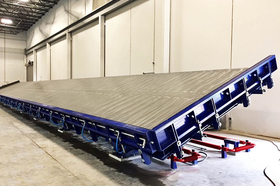 Moldtech finishes the installation of tilting tables in Canada