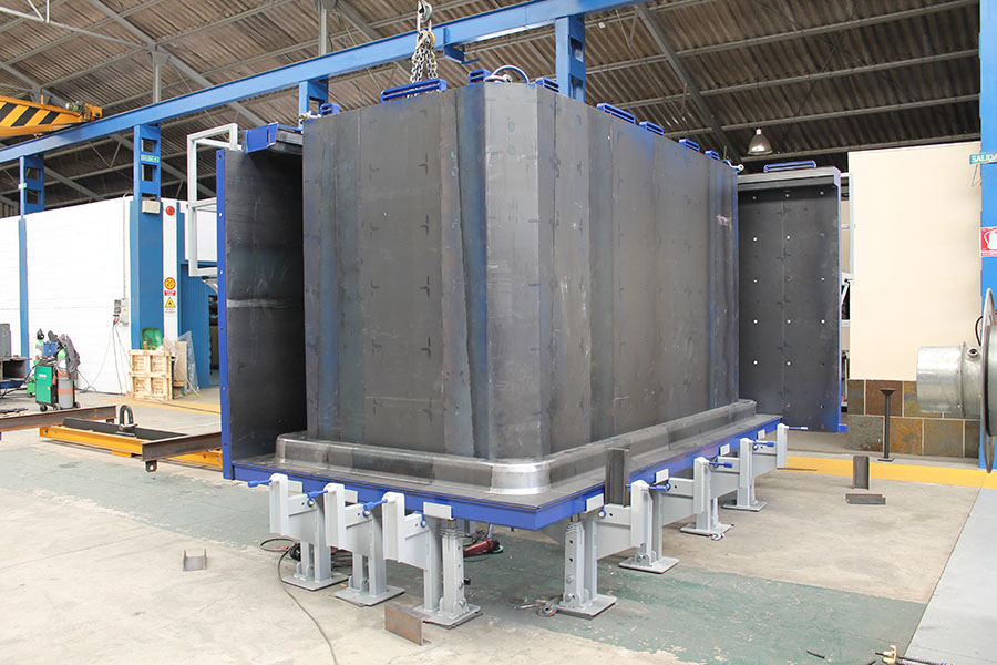 Modular moulds for wet-cast box culverts in UK