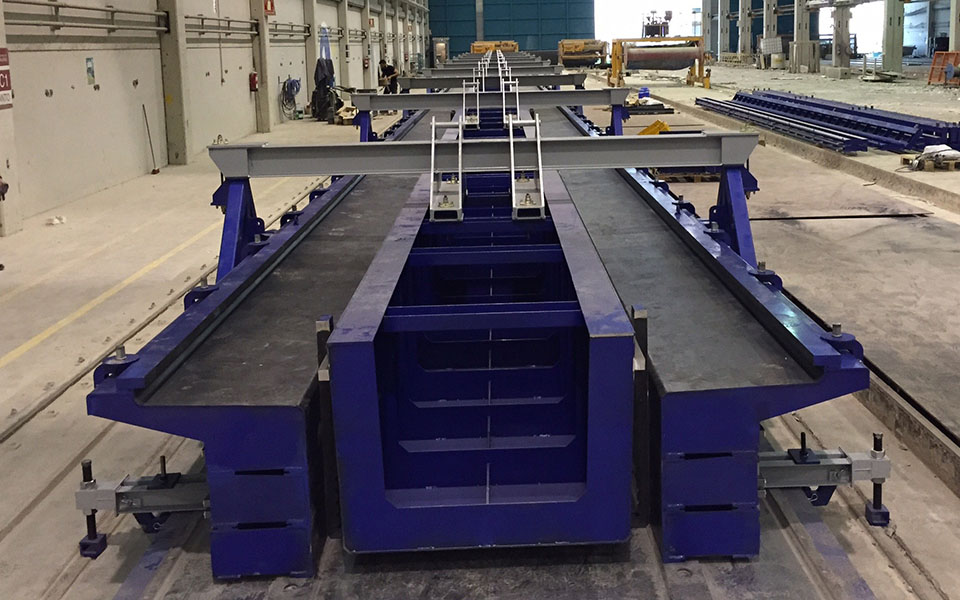 Mould sides for Artesa or box girder