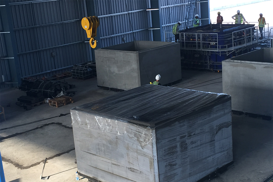 MT20 dry cast box culvert equipment