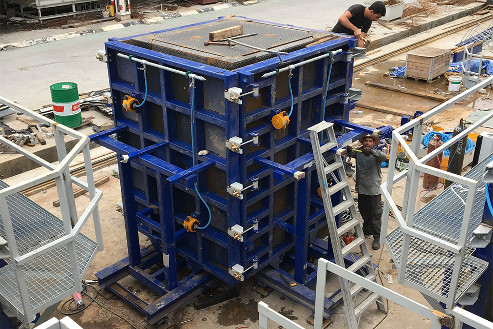 3D hydraulic moulds