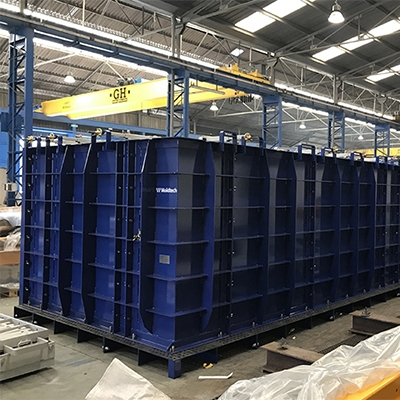 Modular mould for wet cast box culverts